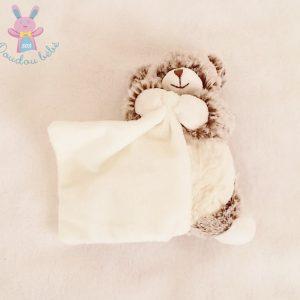 Doudou Ours marron chiné mouchoir blanc 15 cm BABY NAT