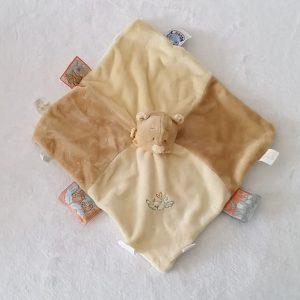 Doudou plat Ours beige crème oiseau étiquettes NOUKIE'S